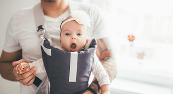 Baby in Babytrage
