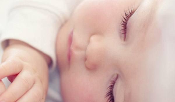 Wie wichtig ist der Mittagsschlaf für mein Kind? - jetzt informieren!